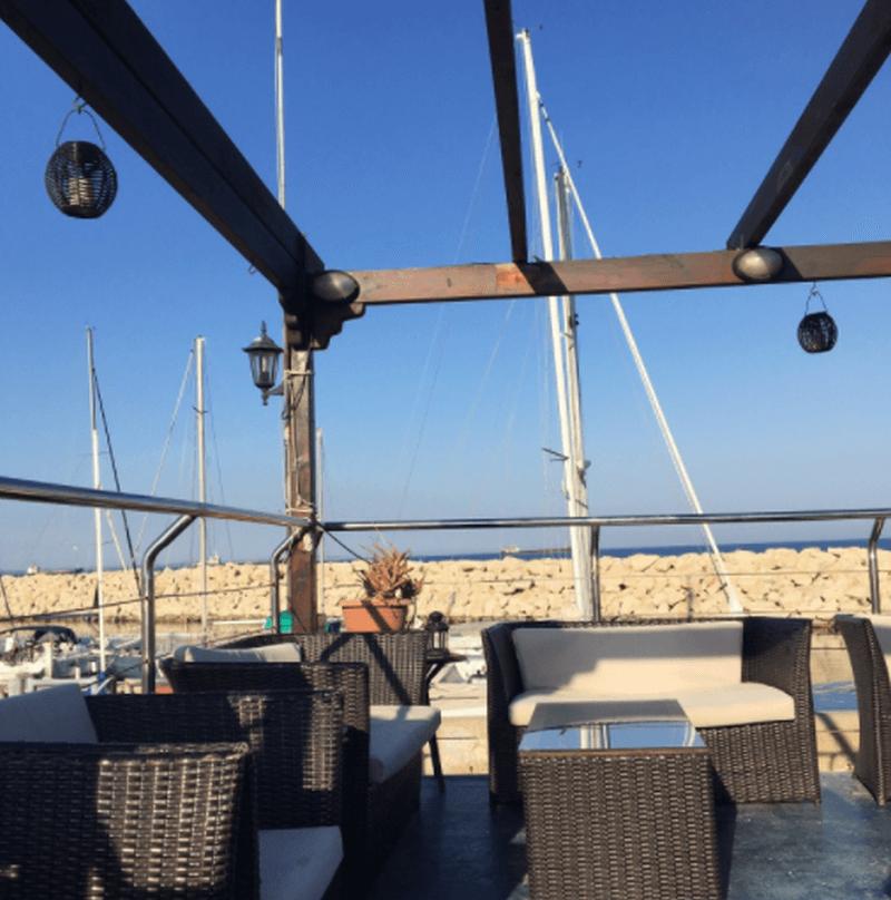 Aquarium Mediterranean Bar & Grill - εικόνα 4
