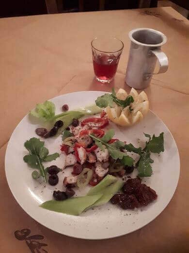Mousikos kafenes - εικόνα 3