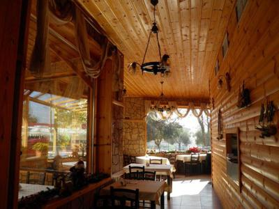Taverna Platanos - εικόνα 1