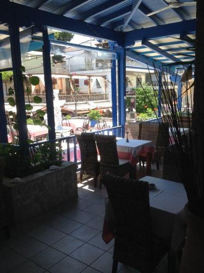 Kassandra Restaurant - εικόνα 1