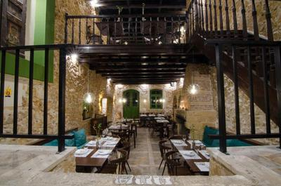 Almira Food Bar Restaurant - εικόνα 1