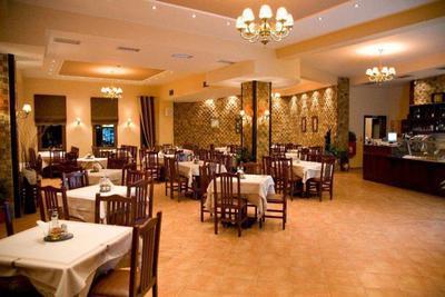 Εστιατόριο Πολύζος - εικόνα 1