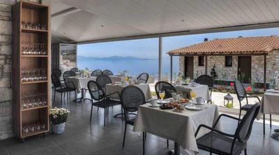 Karavia Lux Inn - εικόνα 1