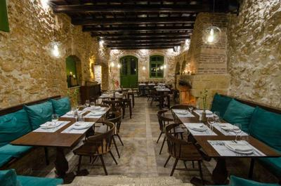 Almira Food Bar Restaurant - εικόνα 3