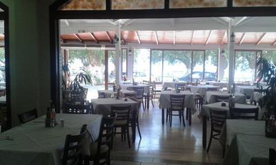 Alianthos Restaurant - εικόνα 6