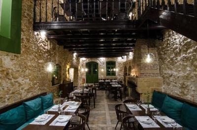 Almira Food Bar Restaurant - εικόνα 2