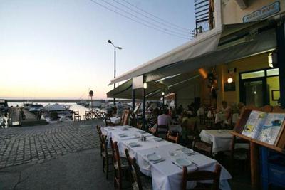 Apostolis Restaurant - εικόνα 2