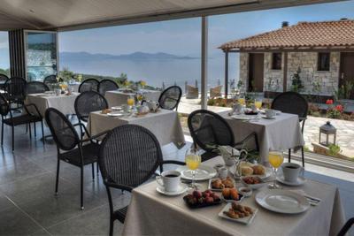 Karavia Lux Inn - εικόνα 6