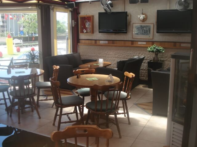 Franx Bar And Restaurant - εικόνα 3