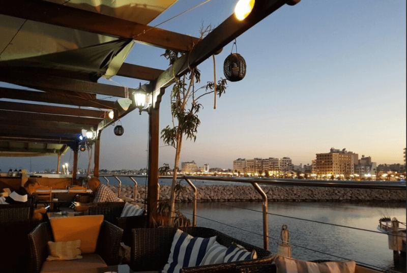 Aquarium Mediterranean Bar & Grill - εικόνα 5