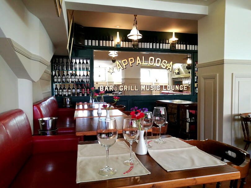 Restaurant appaloosa piano bar make free reservation for Table 52 reservations