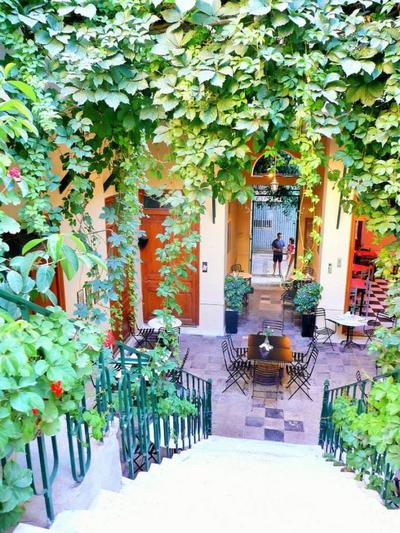 Chez Violette - εικόνα 1