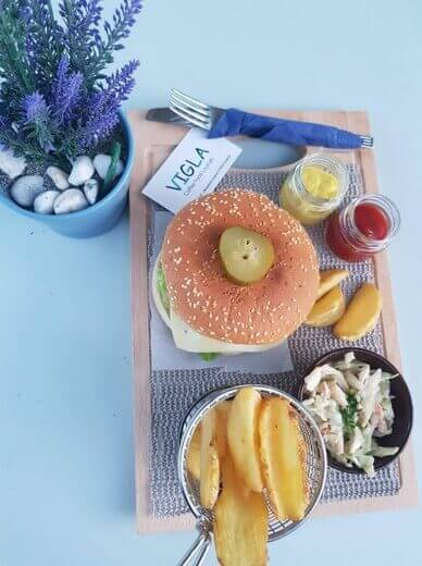 Vigla Cafe Λουτράκι Σκόπελος - εικόνα 5