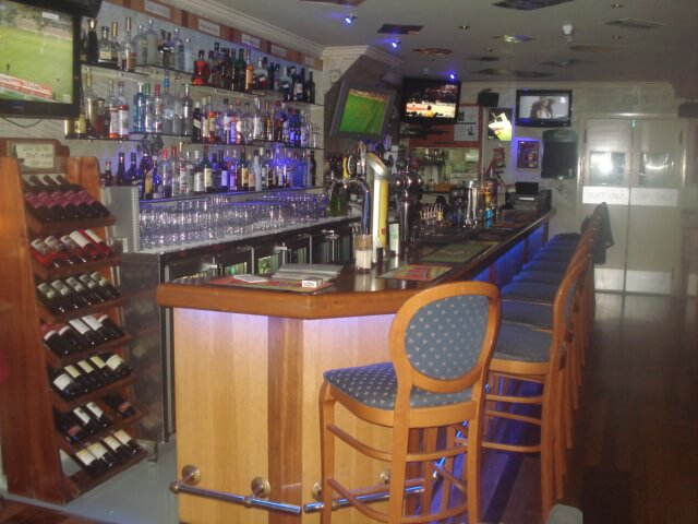 Franx Bar And Restaurant - εικόνα 6