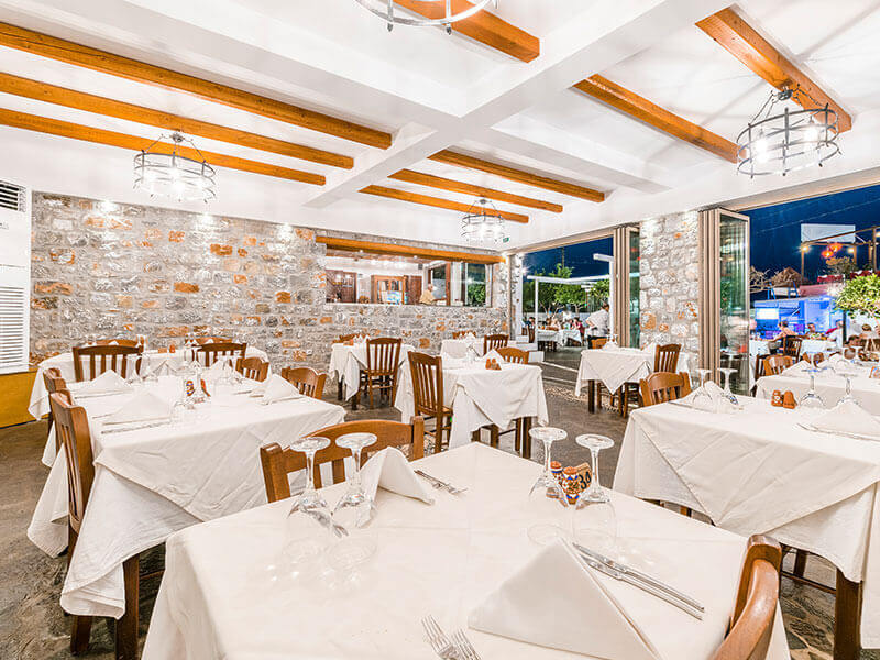 Hellas Restaurant - εικόνα 6