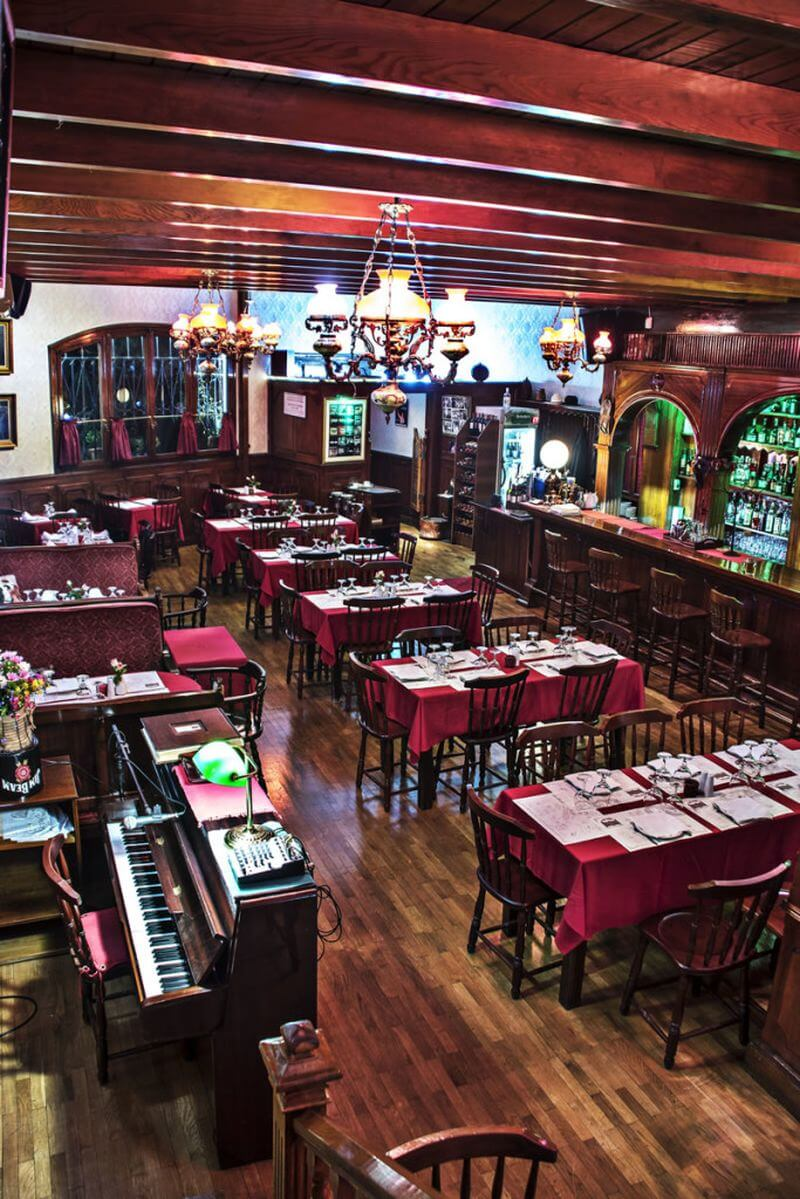 Saloon Piano Restaurant - εικόνα 2