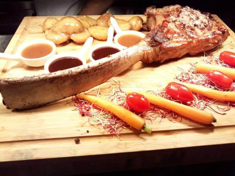 Fire & Oak Grill & Wine Bar - εικόνα 5