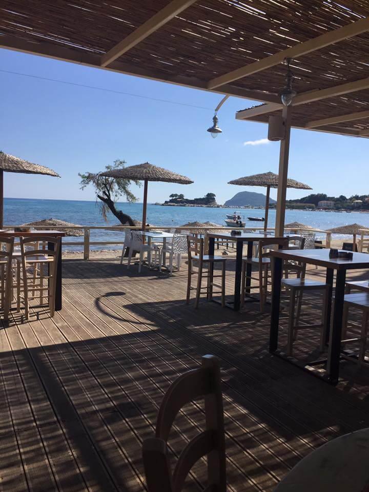 Vezalis Beach Bar Restaurant - εικόνα 3