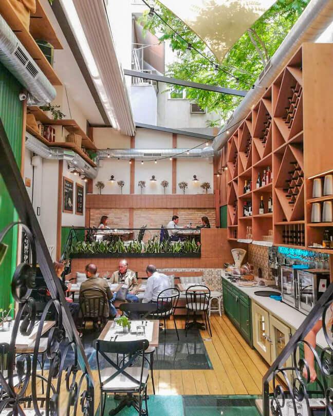 Yoleni's - Greek Gastronomy center - εικόνα 1