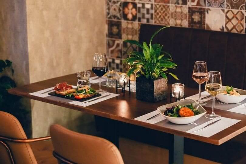 Caravin Wine Bar Restaurant - εικόνα 2