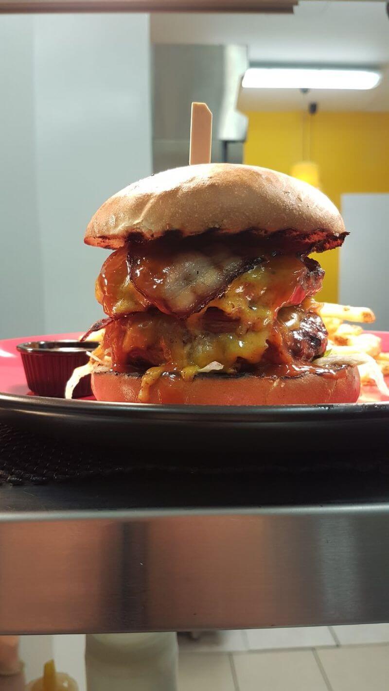 Dr.Burger Steakhouse & Bar - εικόνα 1